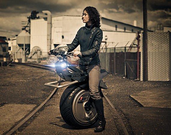 self-balancing-electric-unicycle-03