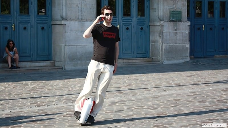 solo-wheel-self-balancing-electric-unicycle