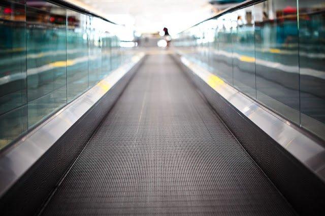 Future of transport :: Moving sidewalks // skedgo.com